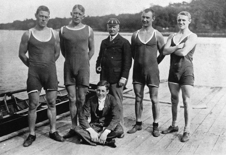 The Swedish crew from Roddklubben af 1912 that came second. The man in the London Rowing Club cap is their coach, James Farrell.