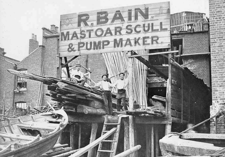 Robert Bain, mast, oar, scull and pump maker, was in Upper Fore Street, Lambeth. Presumably, in an attempt to attract Brotherly Business, he has faint Masonic symbols painted either side of his name.