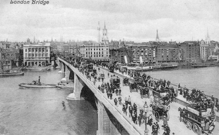 This postcard from the early part of the 20th century shows that the Hall was never surrounded by buildings of equal merit, even before the Blitz devastated the area. This was a busy part of the Pool of London and the river was lined with wharves and warehouses. Even the Hall's wharf was a working place, as can be seen clearly here.