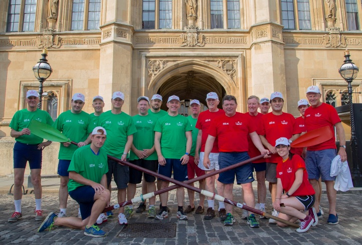 The 2016 Parliamentary Boat Race over, the two crews pose for a quick photograph before they return to either running the country or to suggesting how it could be run better. Perhaps it is possible that government, like rowing, is more difficult than it looks…..?