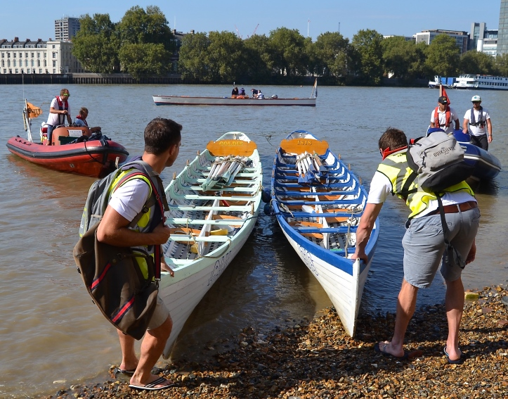 The Parliamentarians and the London Youth rowers used these copies of the boats that took part in the first Oxford - Cambridge Boat Race in 1829. They were built in 2004 by Mark Edwards, the traditional boat builder based in Richmond, Surrey.