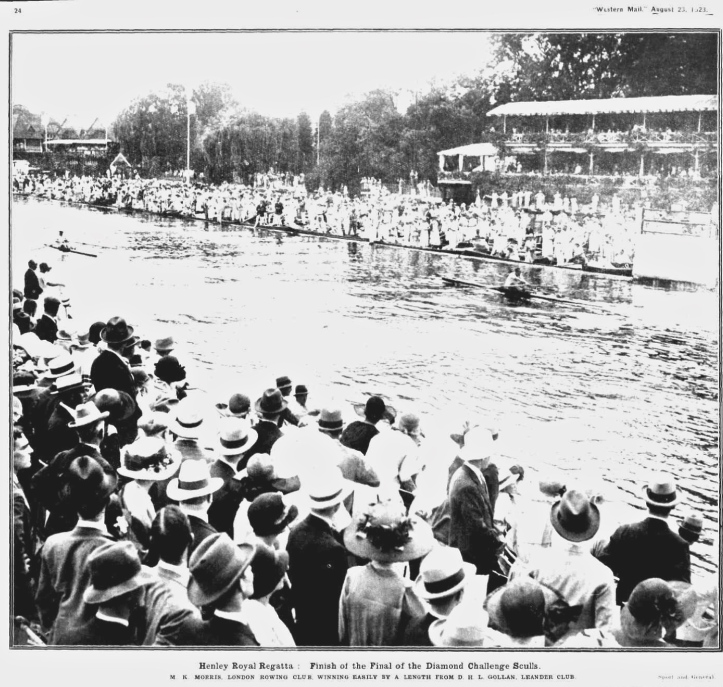 Pic 14. The final of the 1923 Diamond Sculls at the finish (though here it looks rather more than a length).