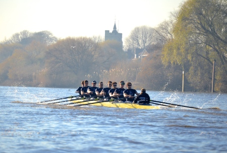 """Daniel"" at Chiswick Eyot. As the race wore on, they looked the more powerful of the two crews and they continued to stretch their advantage."