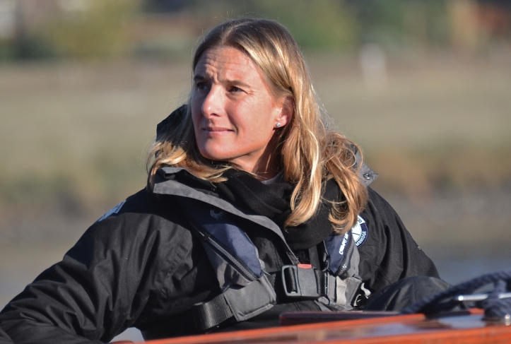 The 72nd Women's Boat Race will be umpired by Sarah Winckless, who will become the first female to umpire a Boat Race on the Tideway, nine months after she became the first female to umpire a race at Henley Royal Regatta. She rowed for Cambridge in 1995, 1996 and 1997.