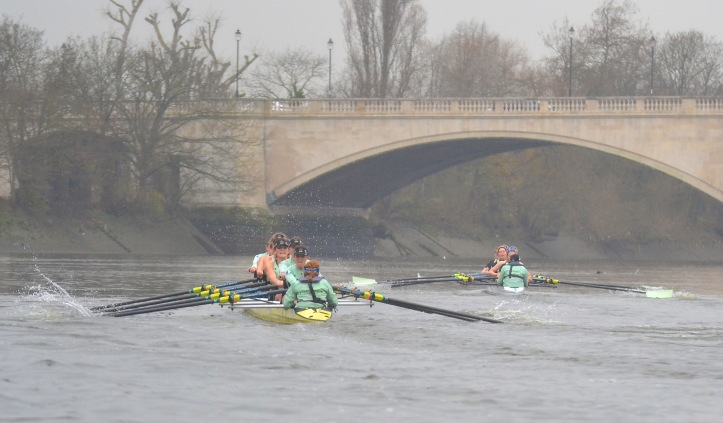 The last few strokes before the finish at Chiswick Bridge.