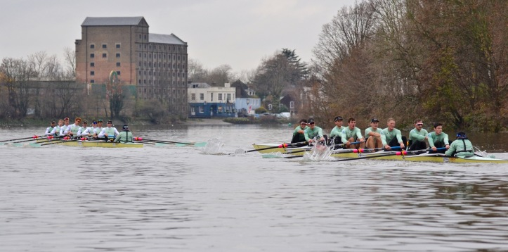 Approaching the second brewery on the course, this one at Mortlake.