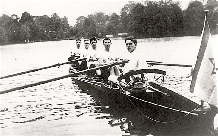 Pic 3. A crew from a Hamburg rowing club that was part of the radical working class 'Hapoel' Jewish sports association. Picture: Photo Archive, Yad Vashem, Jerusalem.