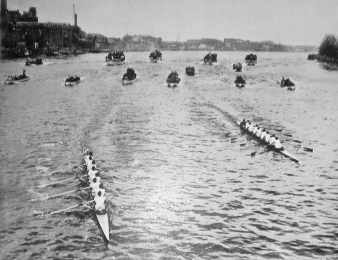 In the 1950 Boat Race, Oxford had lead from the start but Cambridge went ahead by the Mile Post. At Hammersmith (pictured here), their lead was half-a-length, and was one length at Chiswick Steps, two-and-a-half at Barnes and three-and-a-half at the finish.