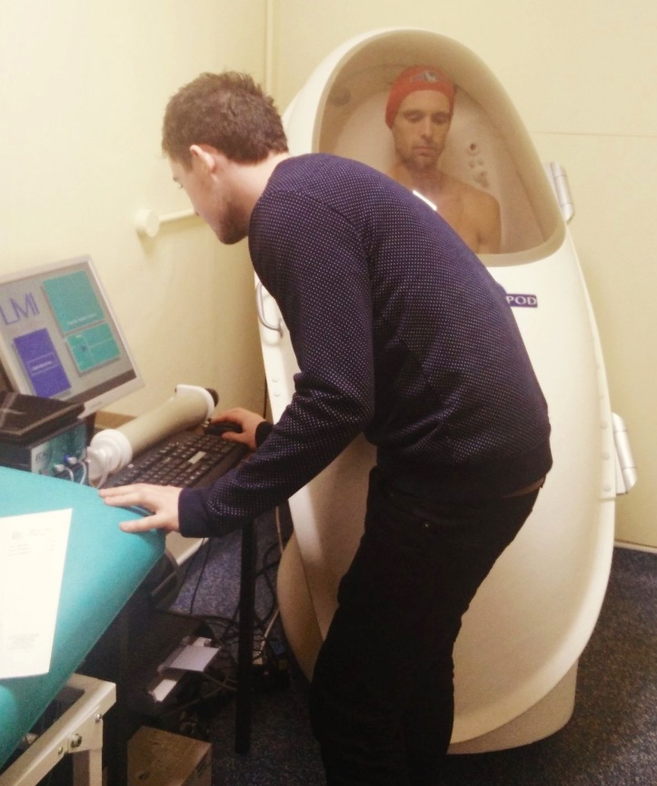 Science: Body composition analysis of an Oxford University rower using the BodPod. Picture: @OBU_Nutrition